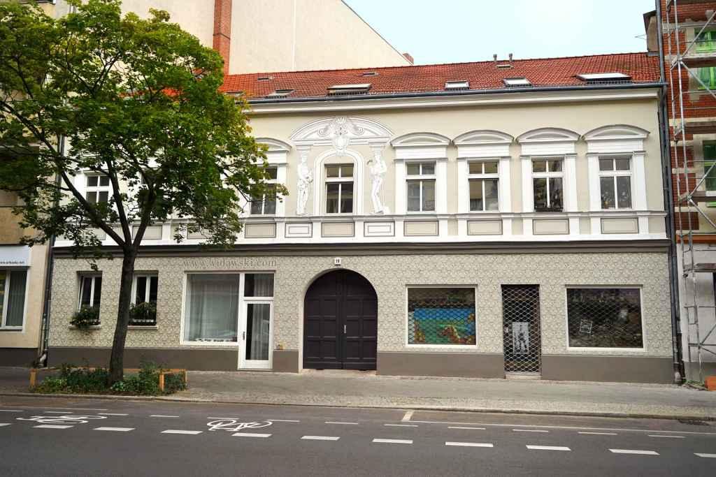 Dana Widawski · Tribute to the Architecture · 2015 · art in architecture · Berlin-Wedding